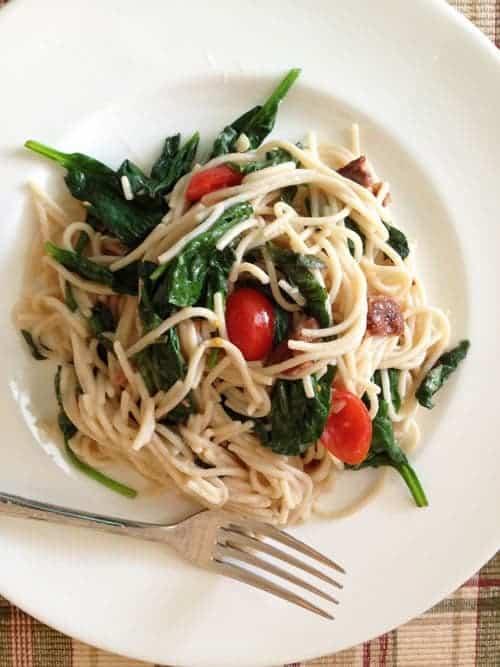Gluten-Free BLT Pasta | GlutenFreeBaking.com