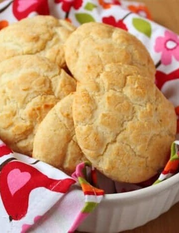 Gluten-Free Buttermilk Drop Biscuits in a linen-lined bowl.