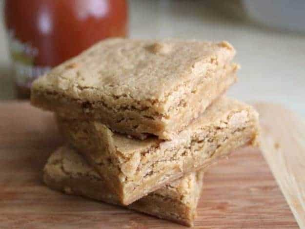 Gluten-Free Maple Blondie Bars |These are so good and so easy!