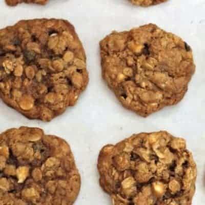 Gluten-free white chocolate oatmeal cookies.