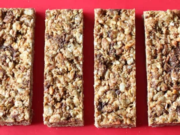 Copycat Recipe: Quaker's Chewy Granola Bars.
