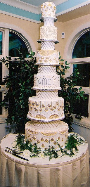 6 Foot Tall Wedding Cake.