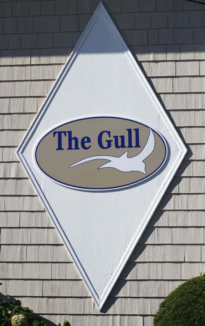 The Gull Motel Sign.